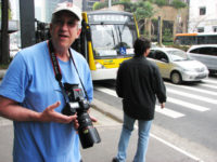 Shooting on the Avenida Paulista, as Ricca tries to hail a cab in the background.